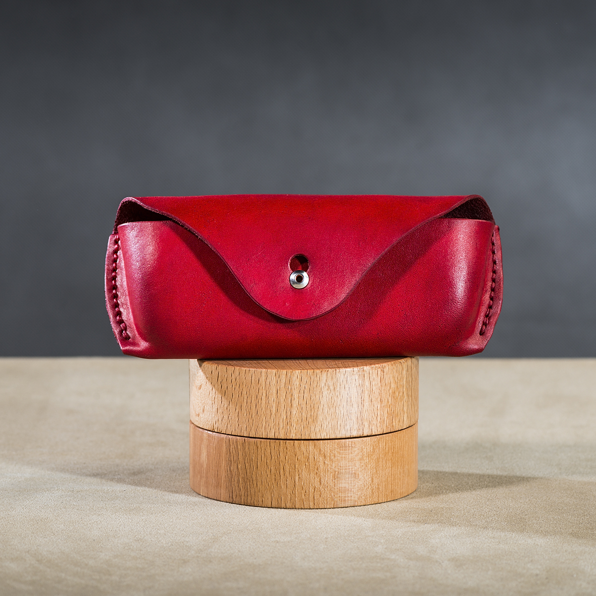 Leather spectacle cases Red 1.