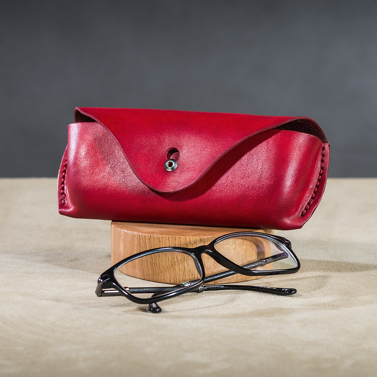 Leather spectacle cases Red 2.